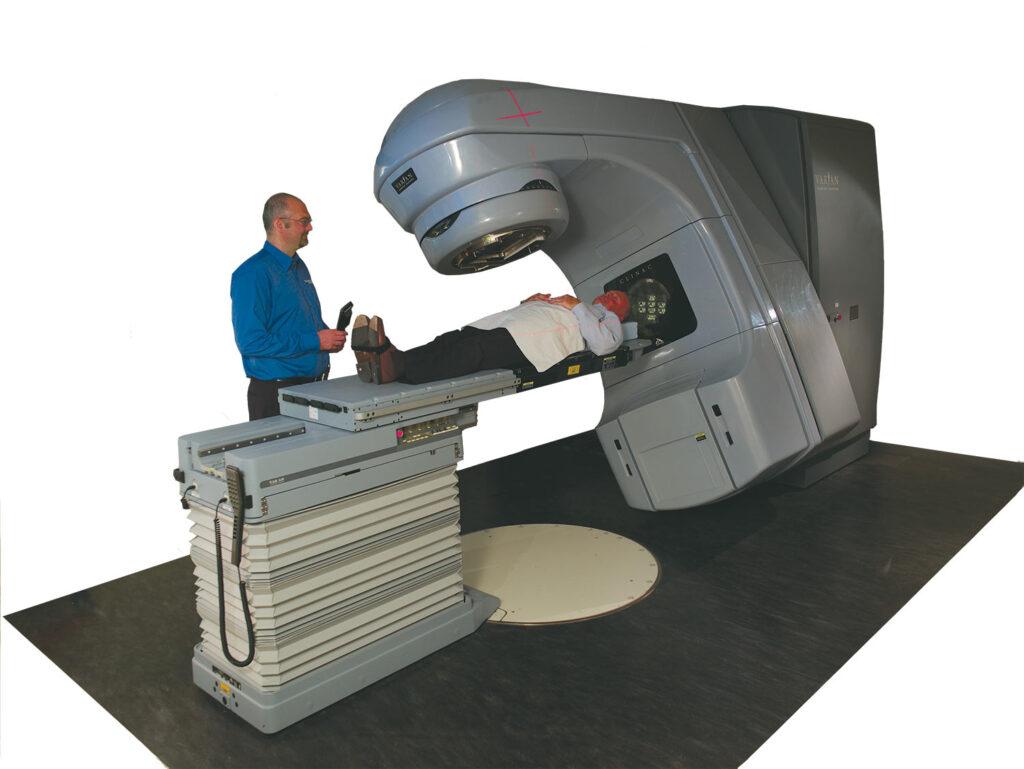رادیوتراپی درمان سرطان پروستات در افراد سالمند